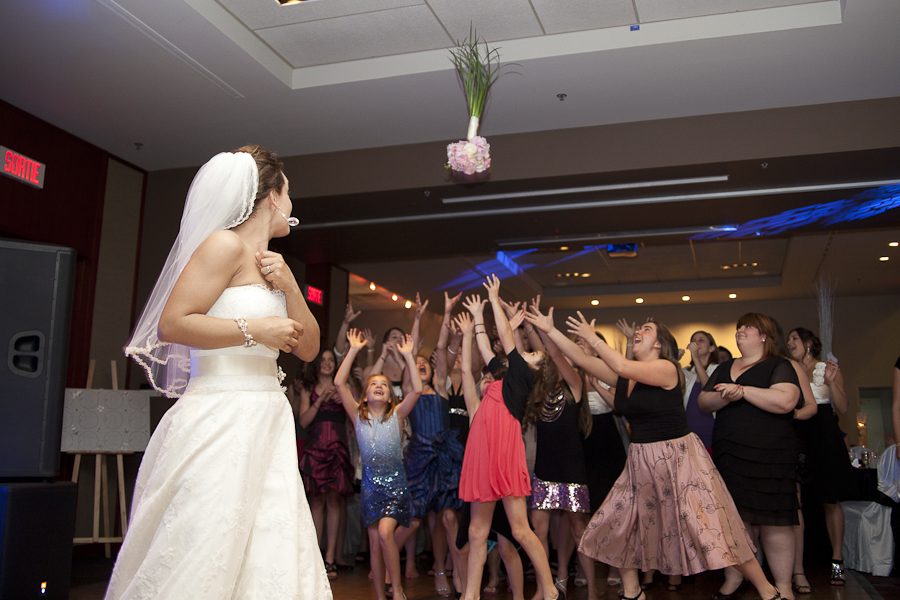 Midtown Sporting Club Montreal Wedding Photographer bouquet toss
