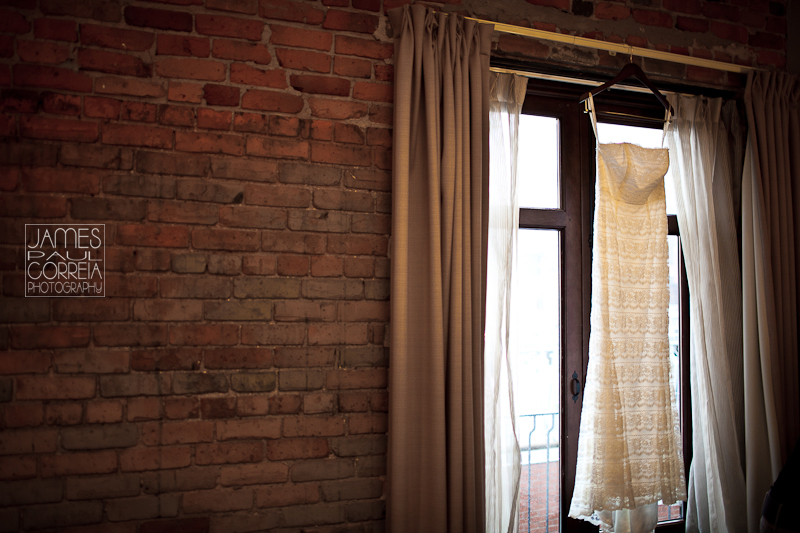 Hotel Nelligan Montreal Wedding Photographer dress photo