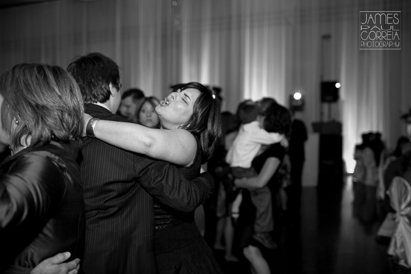 chateau royal montreal wedding photographer dancing