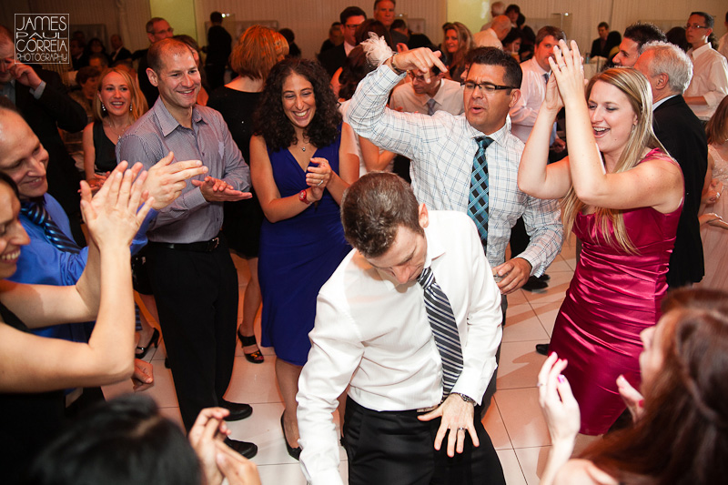 Buffet Roma Montreal Wedding Photography crazy dancing fun