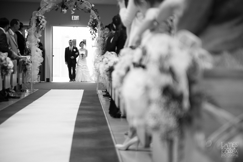 YoungNak Toronto Wedding Photographer bridal entrance