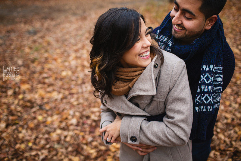 montreal-engagement-photographer-fall-leaves-colour