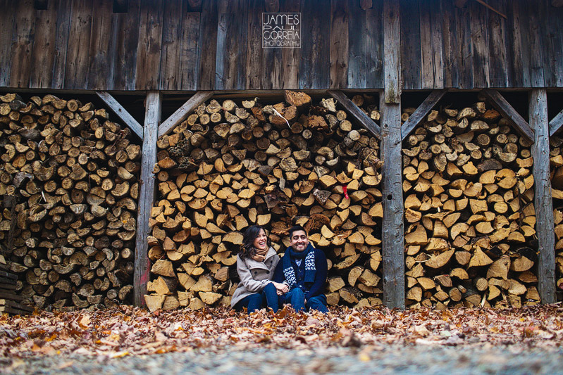 montreal-engagement-photographer-cabane-sucre