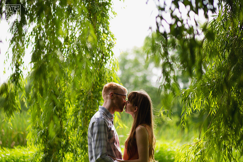 engagement session at montreals botanical gardens