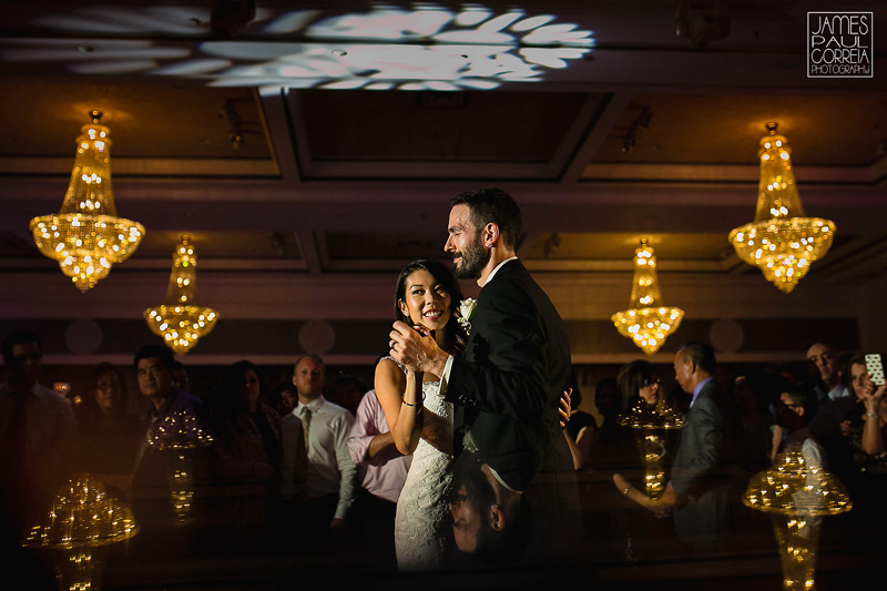 plaza volare montreal wedding photographer first dance