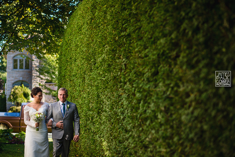 southern ontario backyard wedding photographer